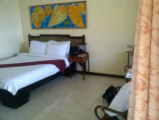 Whiterock Waterpark and Beach Hotel: our room