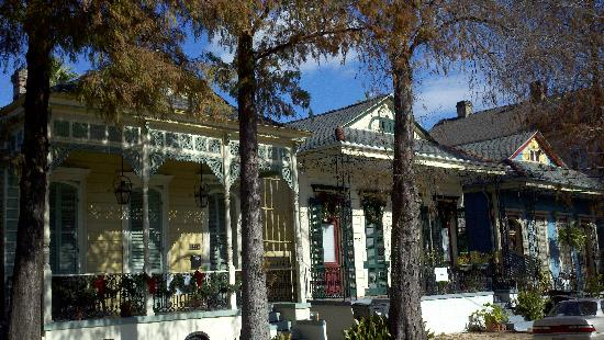 Marigny Manor House Bed and Breakfast: Marigny neighborhood houses