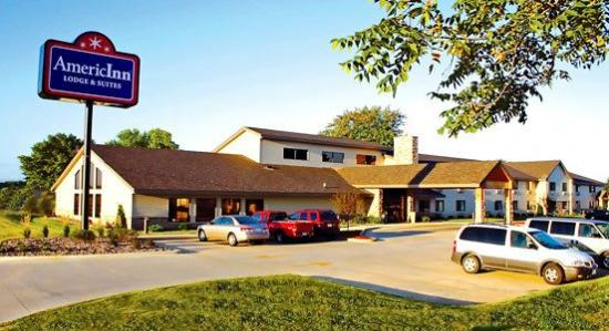 AmericInn Lodge & Suites Little Falls: AALTFL