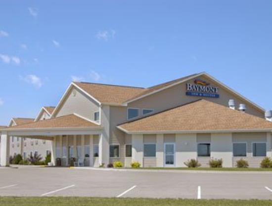‪Belmont Inn & Suites‬