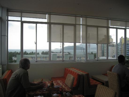La Suisse Hotel: view from dining room