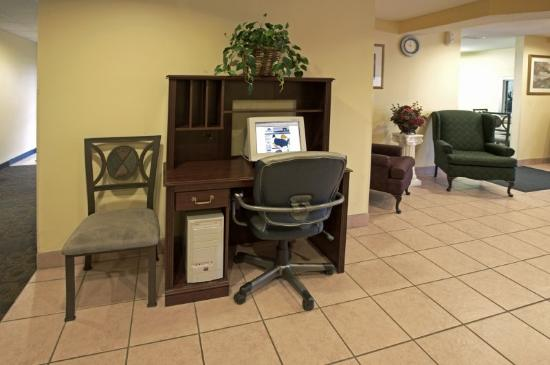 Americas Best Value Inn and Suites: Business Center