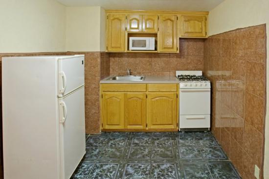 Americas Best Value Inn - Corpus Christi / Port Aransas: Kitchen