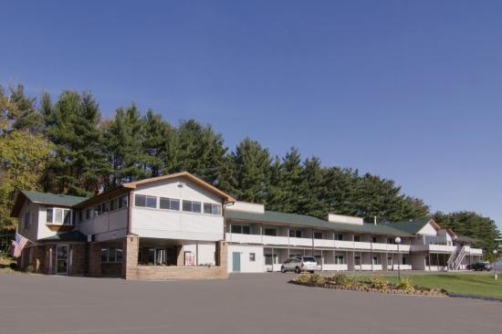 Photo of Campus Inn Motel Baraboo