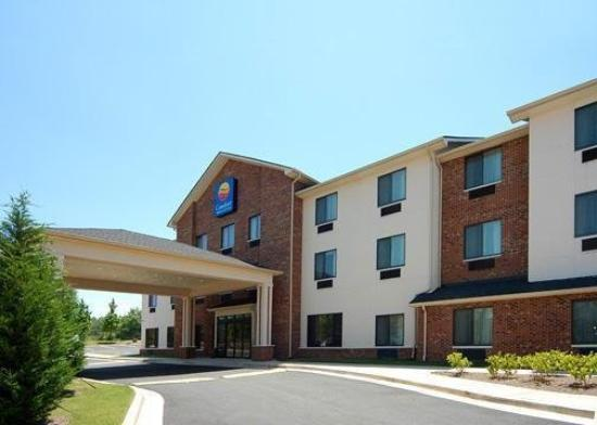 Comfort Inn & Suites Buford