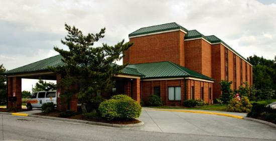 The Blacksburg Comfort Inn Hotel: Building -