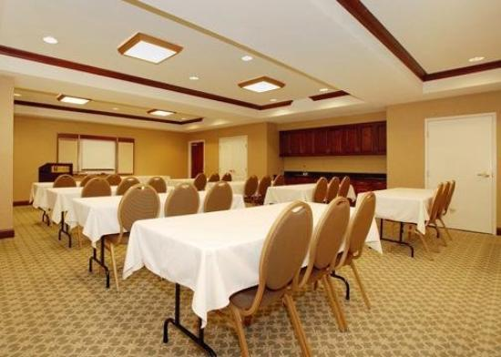 Comfort Inn &amp;; Suites Goshen / Middletown: Meeting Room
