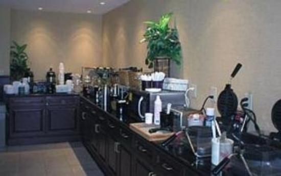 Comfort Inn &amp;; Suites Goshen / Middletown: Restaurant