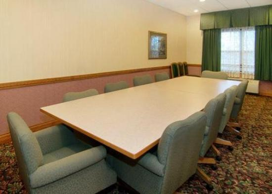 Comfort Inn & Suites: Meeting Room/Board Room