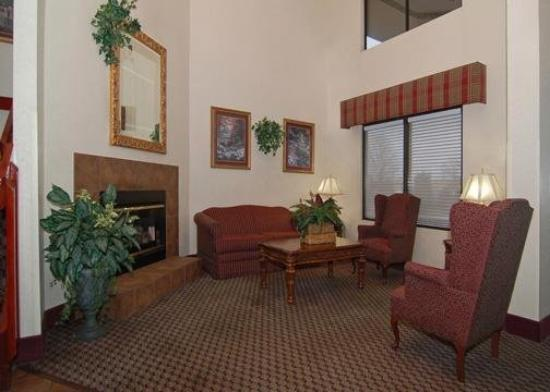 Comfort Inn Olive Branch: Lobby