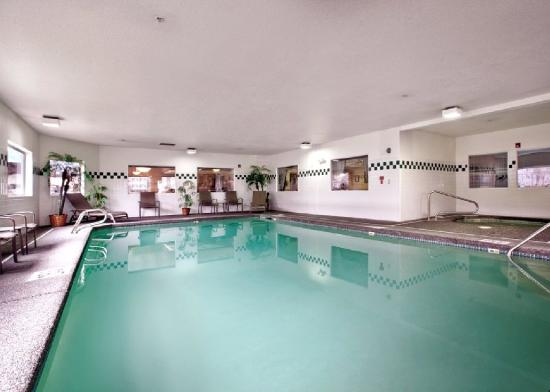 Comfort Inn &amp; Suites Portland International Airport: Pool