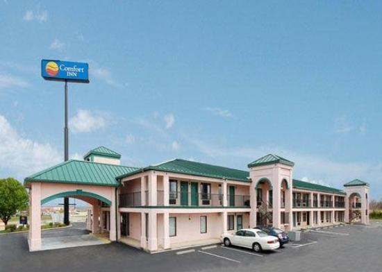 Comfort Inn: Exterior