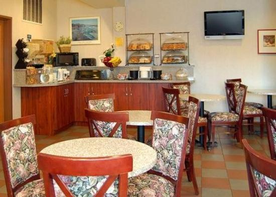 Comfort Inn and Suites Kent: Restaurant