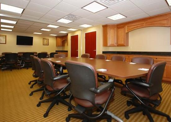 Comfort Suites Wichita: meeting room