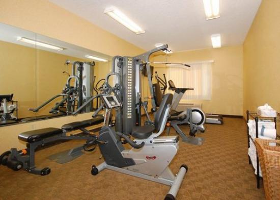 Comfort Suites Wichita: gym