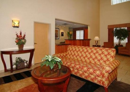 Comfort Suites San Angelo: Lobby