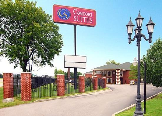 Photo of Comfort Suites East/I-44 Tulsa