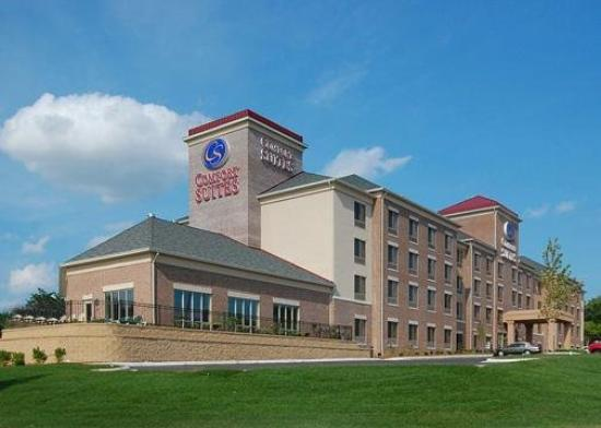 Photo of Comfort Suites Park Place Milwaukee