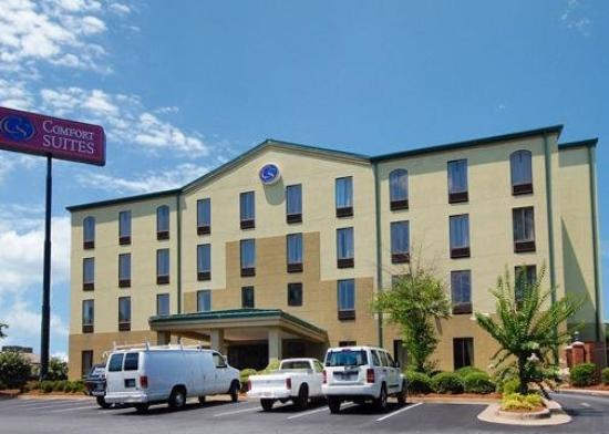 Comfort Suites: Exterior