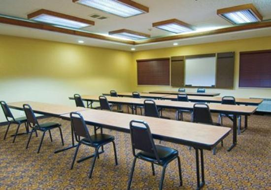 Comfort Suites Park Central: Meeting Room -OpenTravel Alliance - Meeting Room-