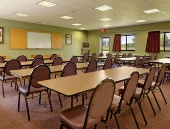 Days Inn Bloomington: Meeting Room