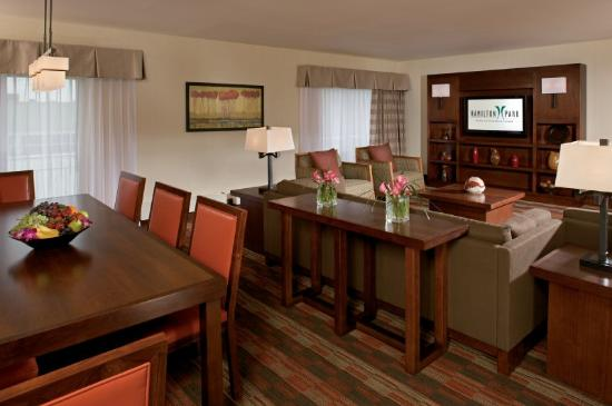 Hamilton Park Hotel: Presidential Parlor HR