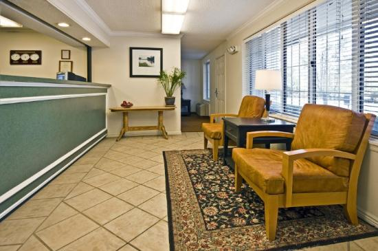 Homestead Studio Suites - Baltimore - BWl Airport: Lobby and Guest Check-in