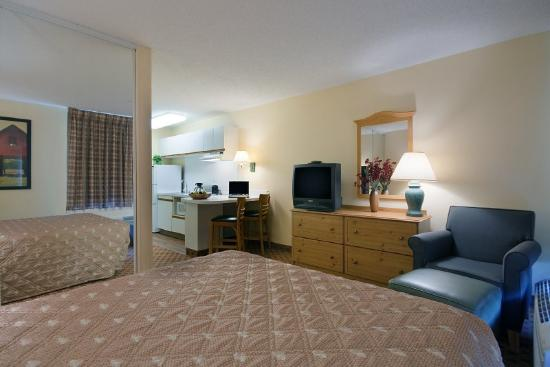 Homestead Studio Suites - Las Vegas - Midtown : Accessible Queen Studio Suite 