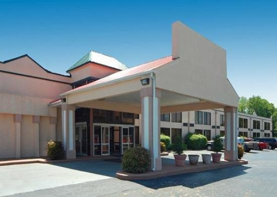 Econo Lodge Stone Mountain: Exterior