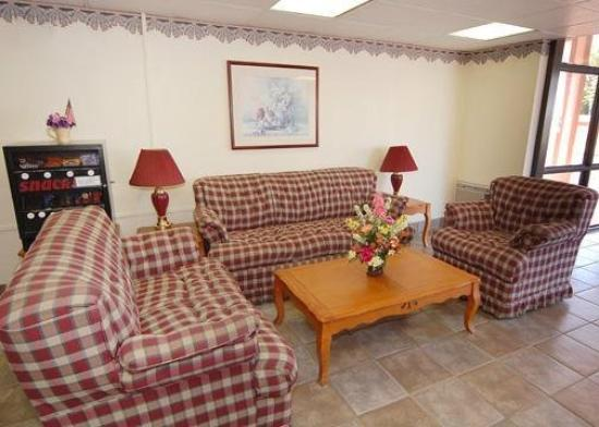 Econo Lodge Stone Mountain: Lobby