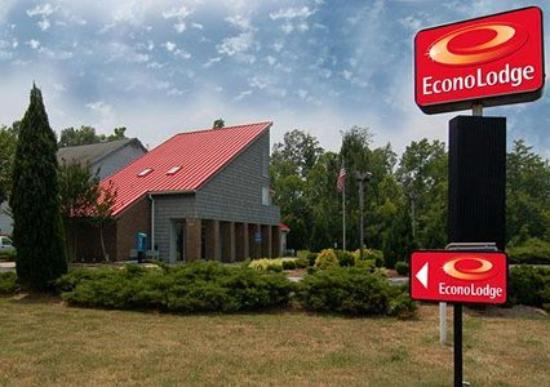 Econo Lodge Carrollton - Smithfield: Exterior