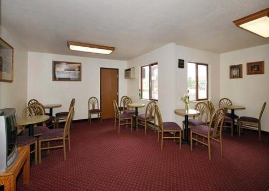 Econo Lodge Custer: Restaurant