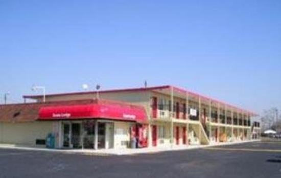 Photo of Econo Lodge Portsmouth
