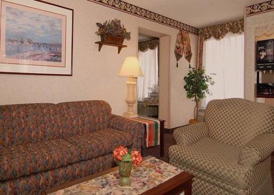 Econo Lodge-Broad St: Lobby
