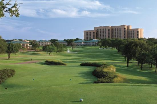 ‪Four Seasons Resort and Club Dallas at Las Colinas‬