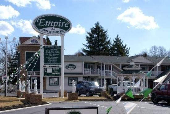 Empire Inn: Exterior view