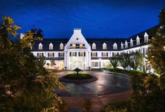 Nittany Lion Inn Exterior