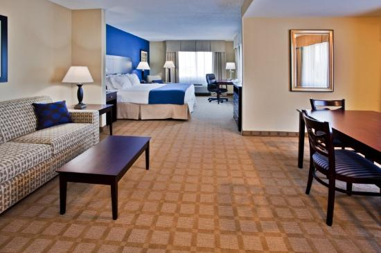 Holiday Inn Express Hotel & Suites Fort Pierce West: Suíte Executive