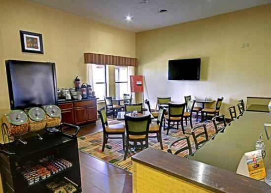 Comfort Inn: OHBreakfast Area