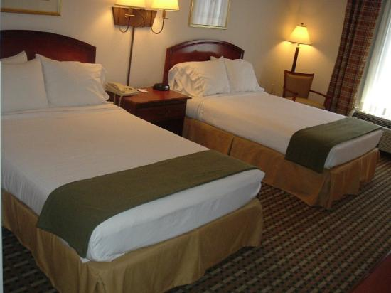 Magnolia Inn & Suites - Decatur I 20 East: Double Beds