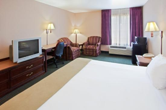Holiday Inn Express Lexington: King Room