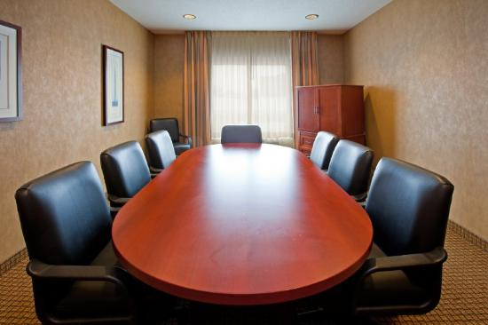 Holiday Inn Express Greenville: meeting room