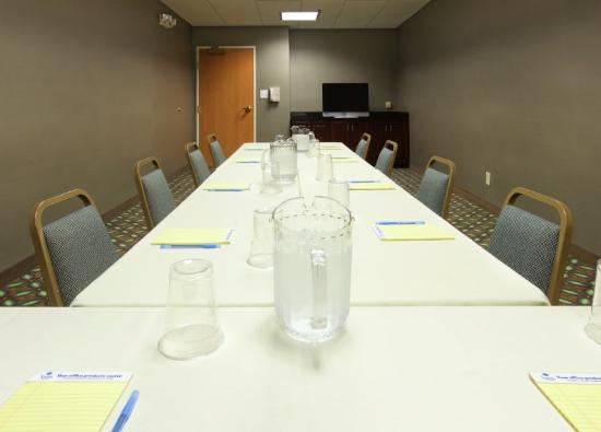 Holiday Inn Express Fort Smith: Sala de reunio