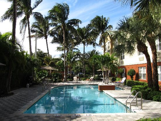 Extended Stay America - Fort Lauderdale - Cypress Creek - Park North: Poolbereich