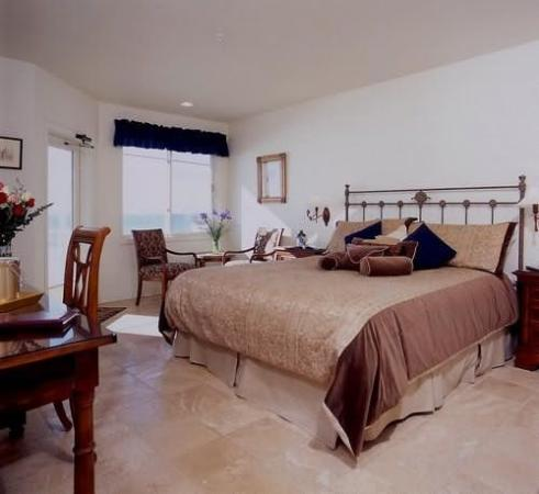 Landis Shores - An Oceanfront Bed and Breakfast Inn