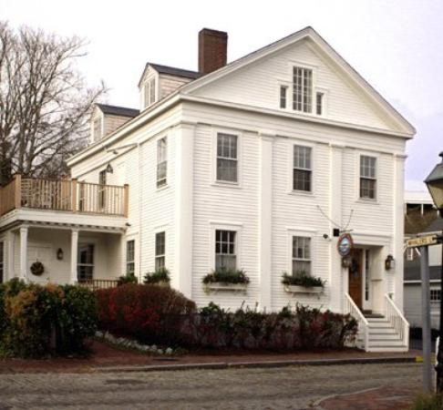 Nantucket Whaler Guest House