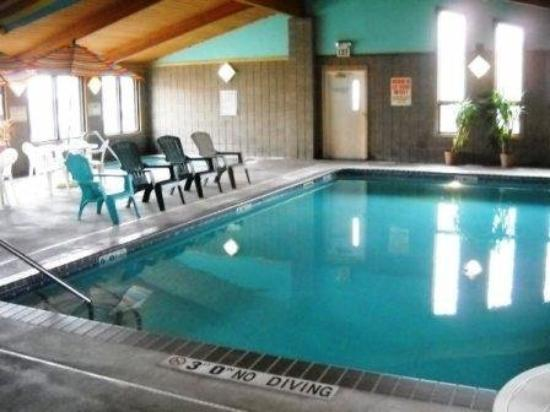 GuestHouse Inn Sauk Centre: Pool