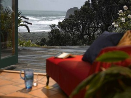 Bethells Beach Cottages: getlstd_property_photo