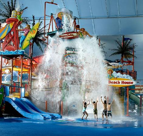 The Fallsview Indoor Waterpark offers hours of family fun and an indoor walkway to Skyline Inn