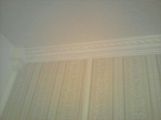 Four Jacks Hotel/Casino: moulding in the room